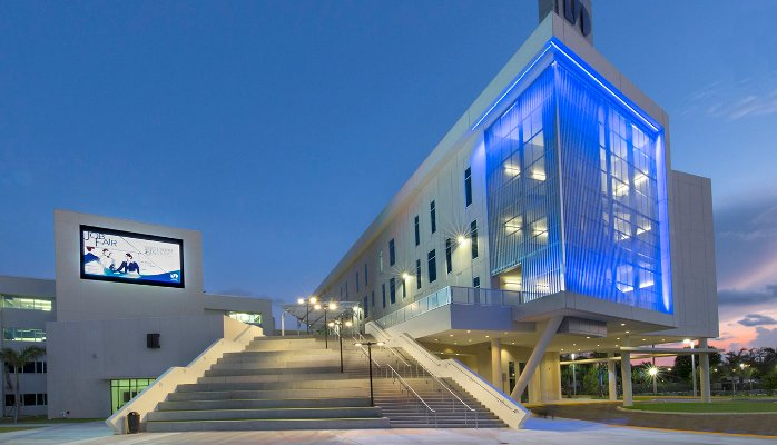 Miami-Dade College Leads Community College Trend in Guided PathwaysModel